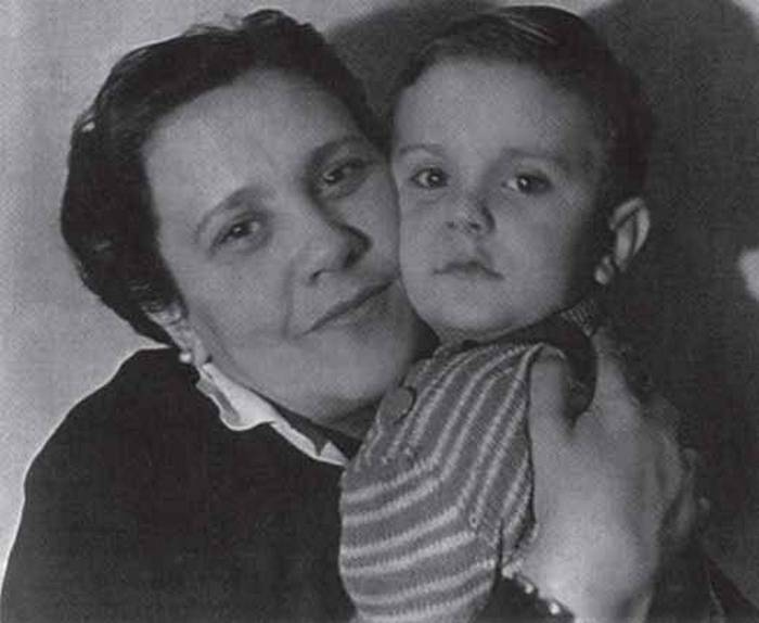 Михалков, мама