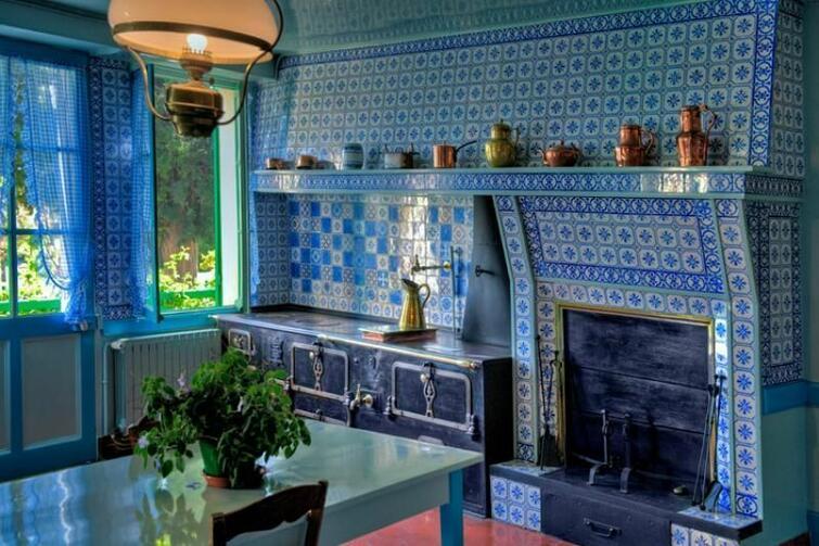 кухня, Моне