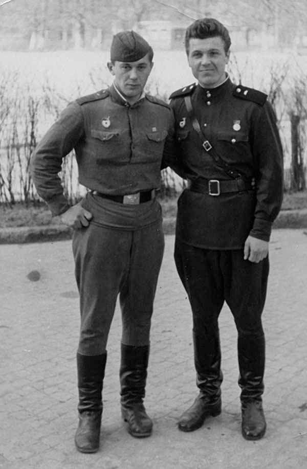 Лещенко,армия