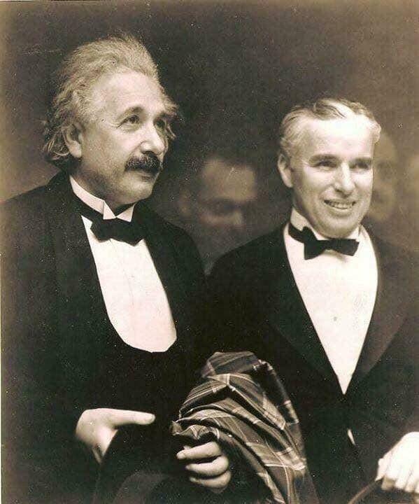 Энштейн, Чаплин