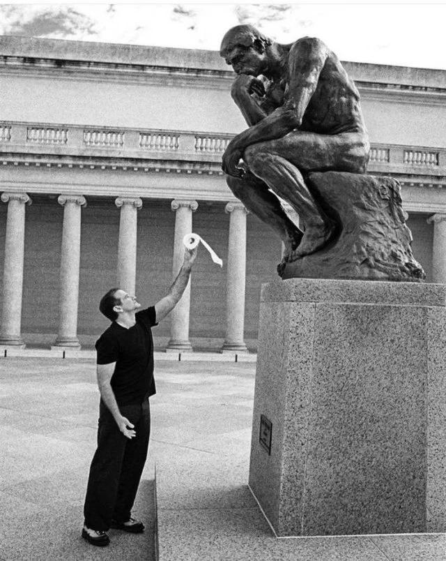 Уильямс, памятник, бумага