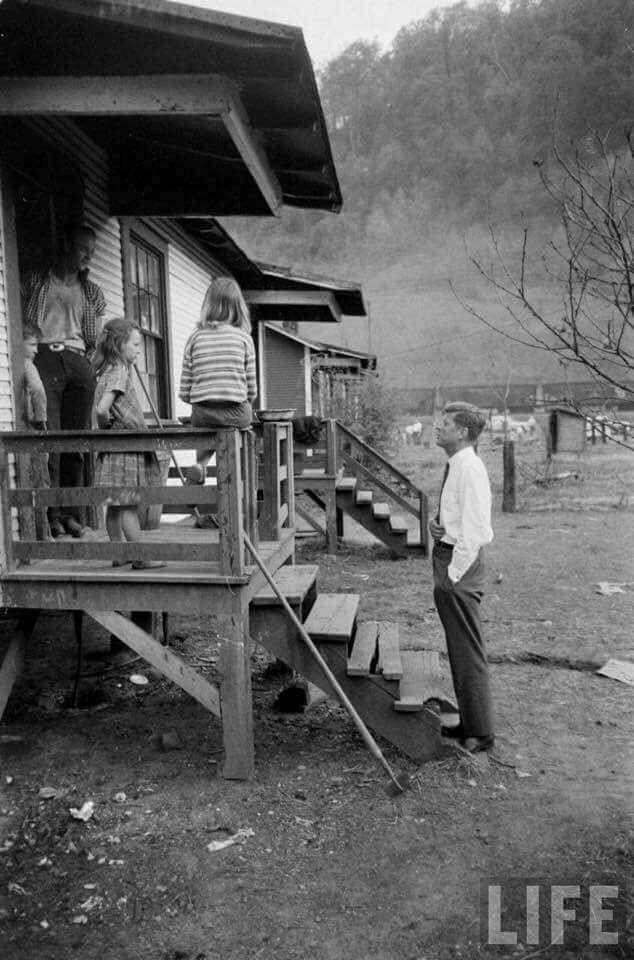 Кеннеди, избиратели, дом
