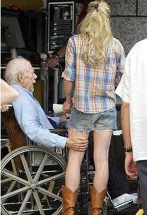 старик, девушка, флирт