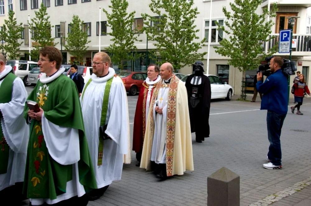 священники, ряса