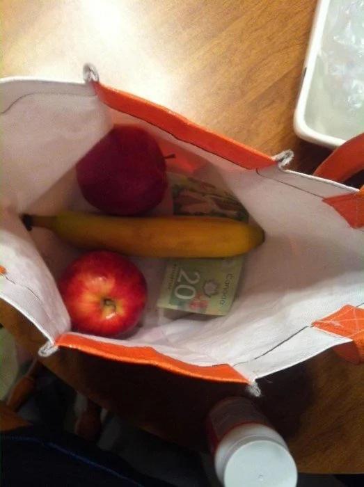 фрукты, муж, сумка