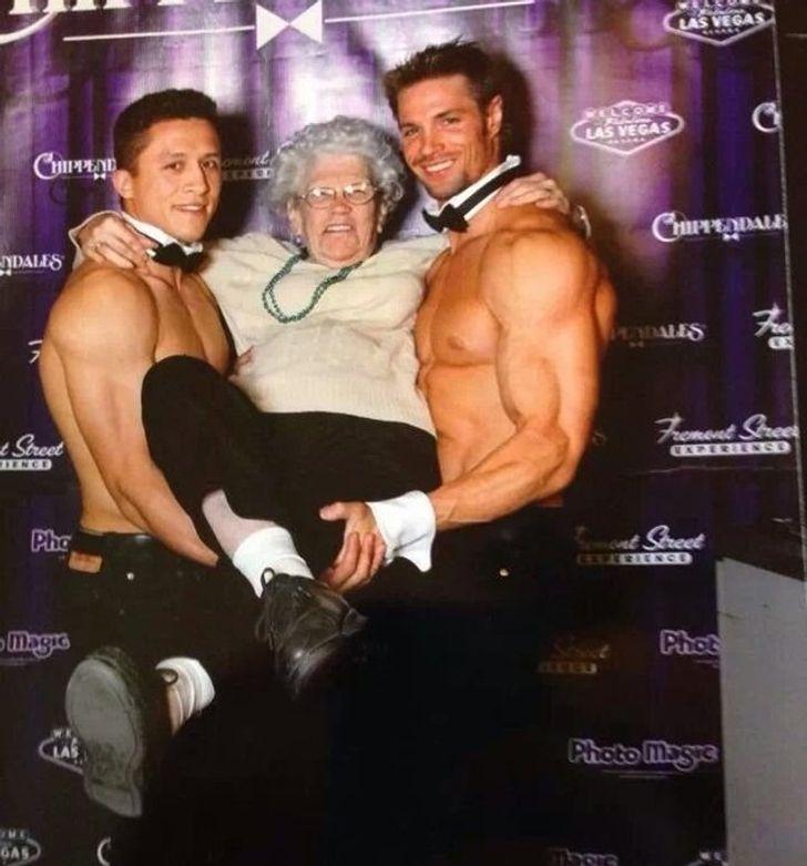 бабушка, мужчины, флирт
