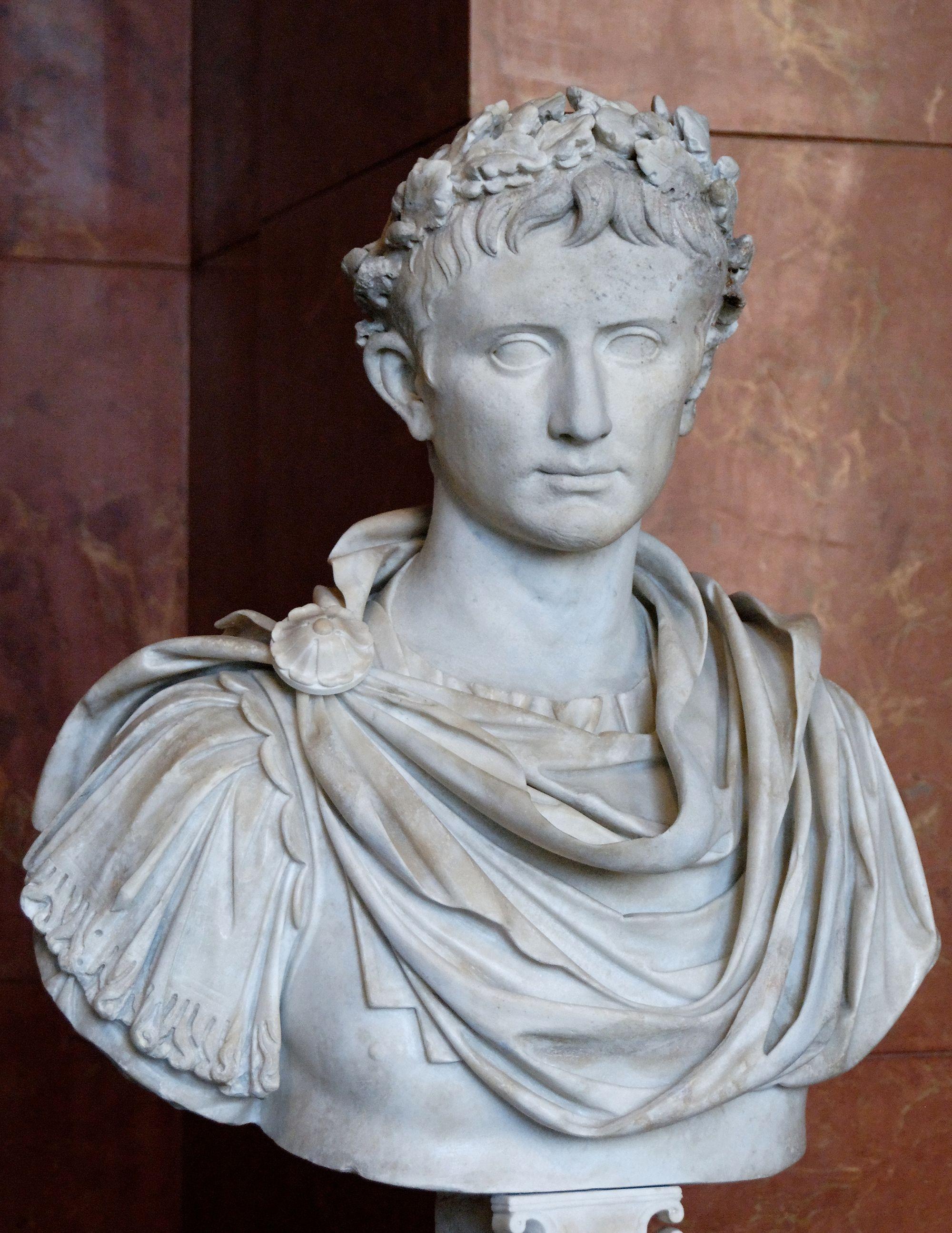 император, август