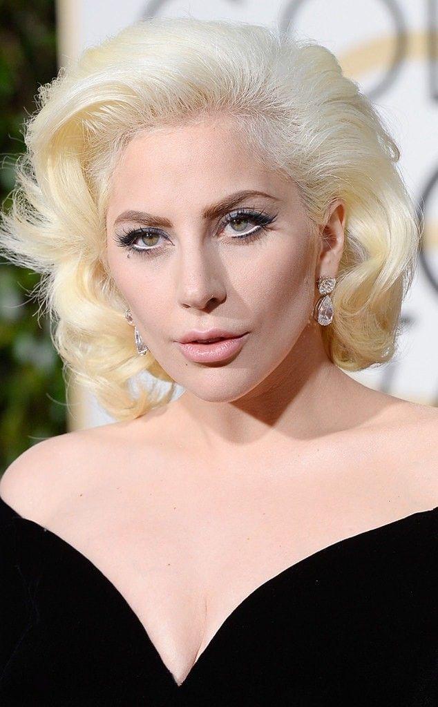 Гага, пластика