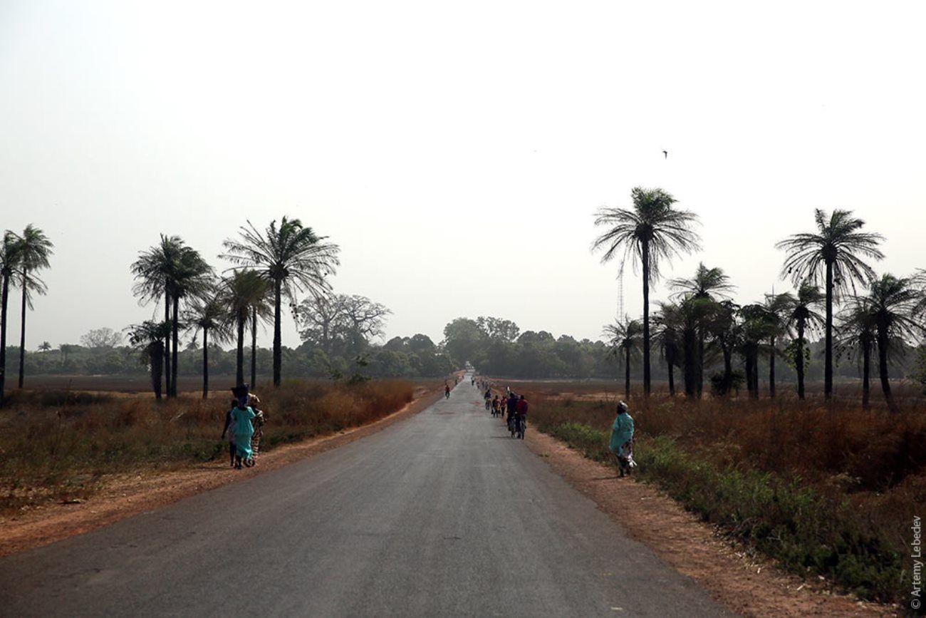 Дорога в Гвинеи