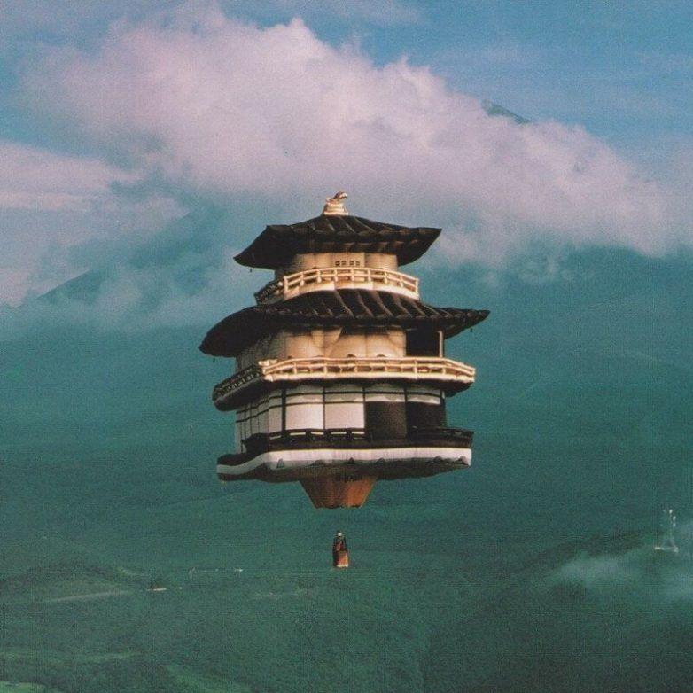 Гора Фудзияма в туманной дымке / Фото:©mixnews.lv