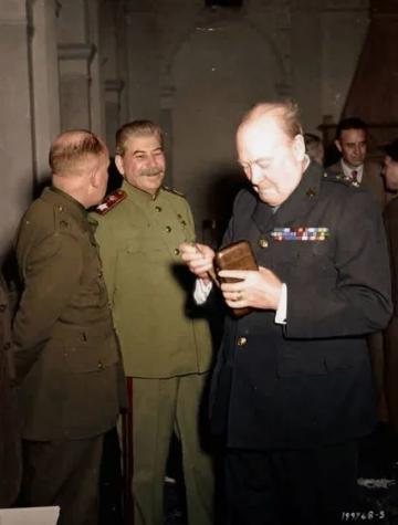 Сталин, Черчилль, конференция