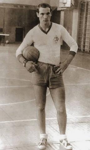 Лукашенко, молодость