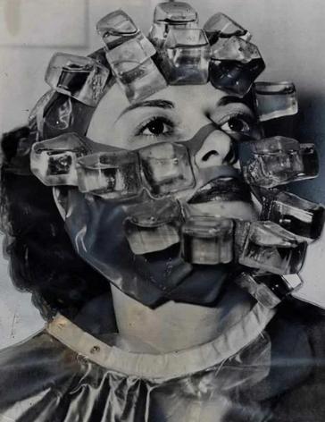 Омолаживающие процедуры прошлого столетия / Фото: ©masterok.livejournal.com