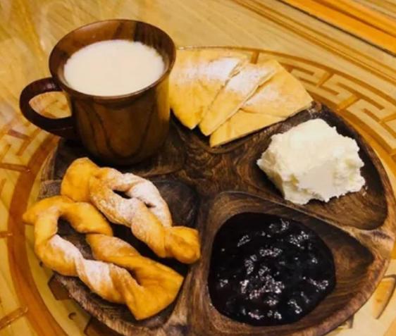 Завтрак в Монголии