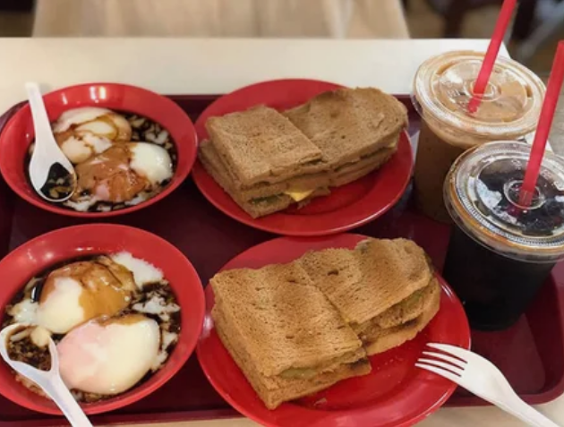 Завтрак в Сингапуре