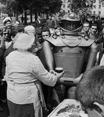 Советский робот «Электрон», 1969 год, Калининград