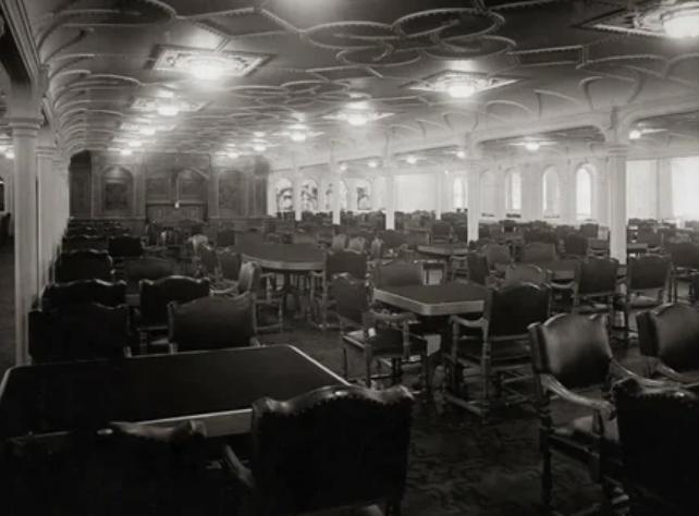 """Главный обеденный зал на """"Титанике"""" до катастрофы"""