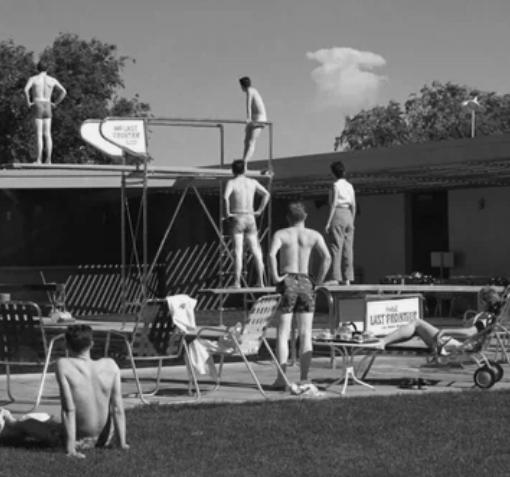 Туристы в Лас-Вегасе в 1953 году могли наблюдать за ядерными испытаниями