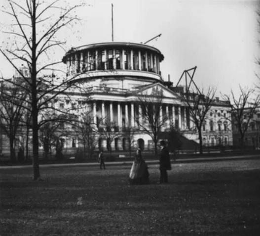 Капитолий еще без купола в конце в середине 19 века
