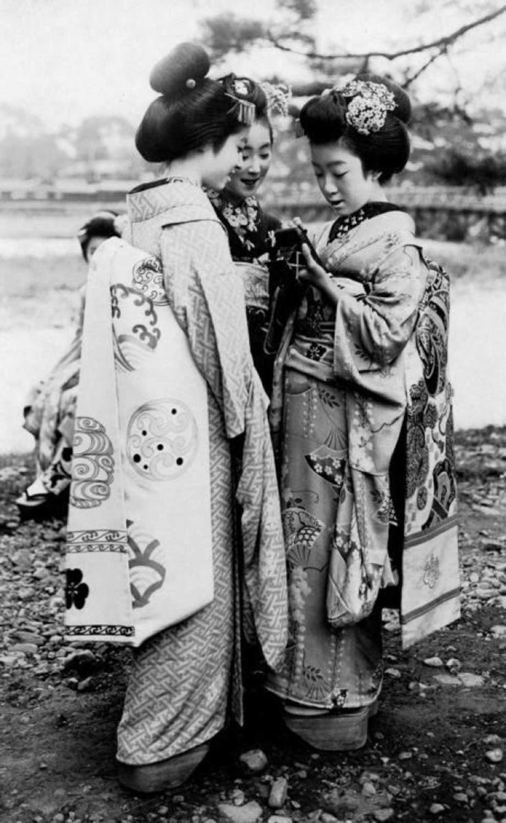 японки, гейши