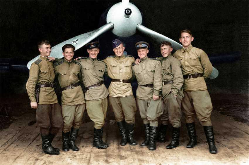 Сто вторая истребительная авиационная Краснознамённая дивизия ПВО