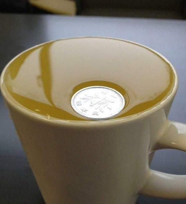 Монетку хотели утопить, но она не поддалась \ Фото: ©porosenka.net