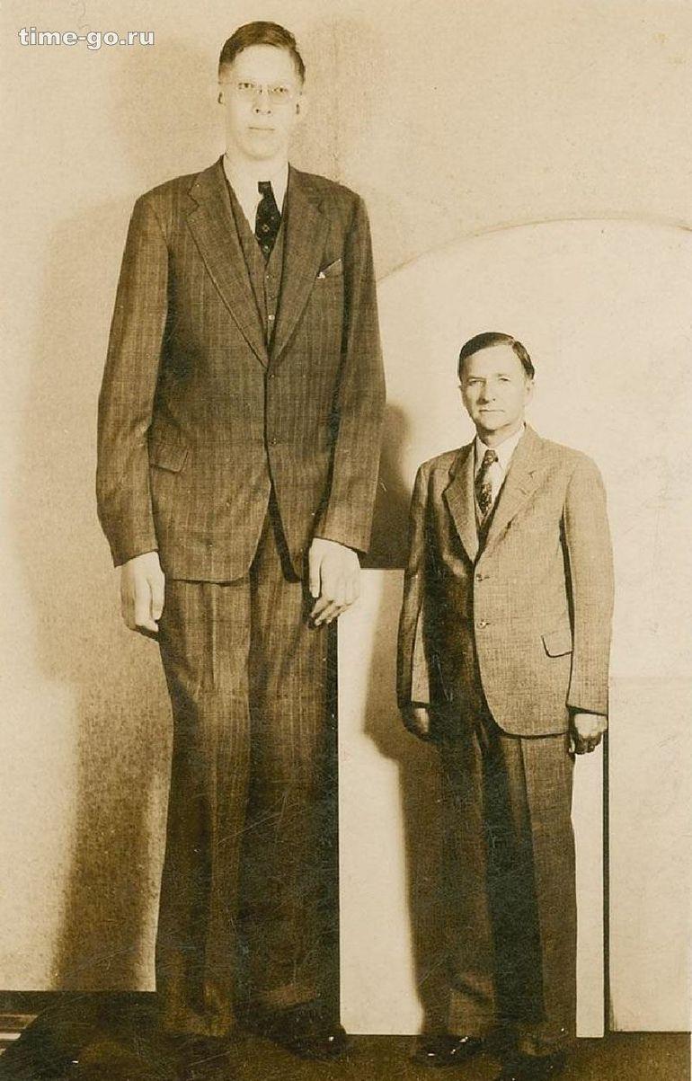 Самый высокий человек в мире /Фото: ©mirputeshestvij.mediasole.ru