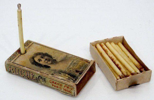 На упаковках карманных свечей часто размещали фото известных актрис