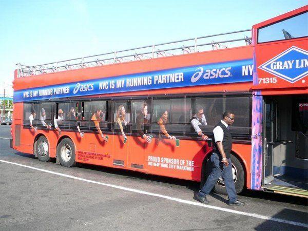 Точные копии пассажиров / Фото: ©mixnews.lv