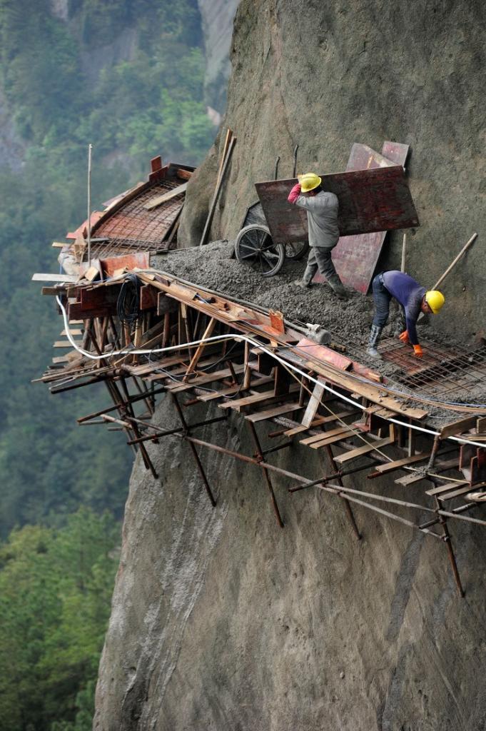 Отчаянные строители