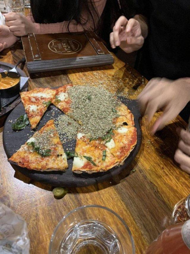 пицца испорчена