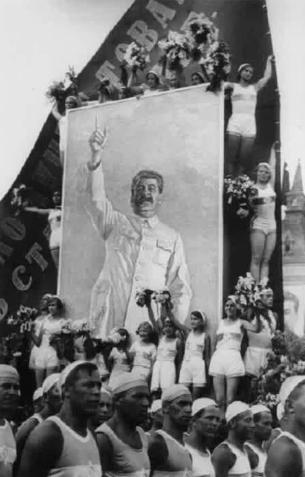Сталин считался лучшим другом физкультурников