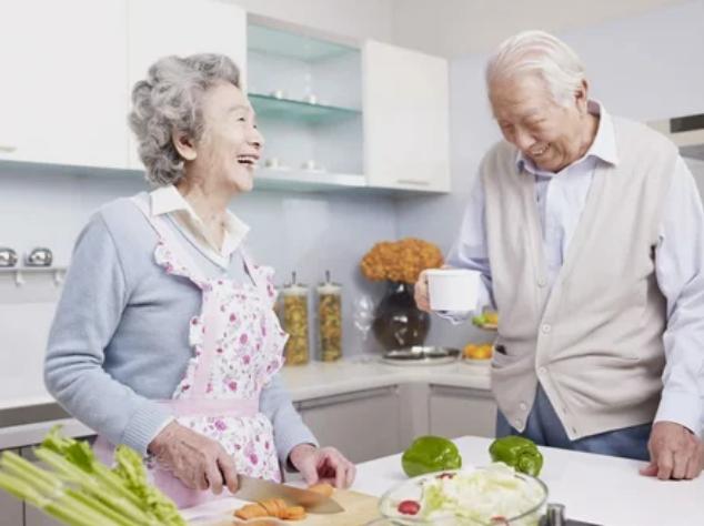 Приготовление пищи для пожилого человека