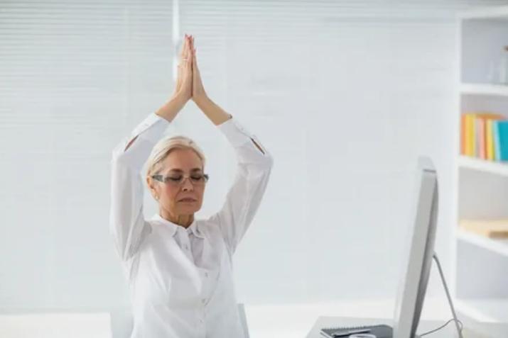 Медитации на рабочем месте увеличивают производительность труда