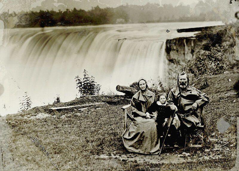 водопад, семья, снимок
