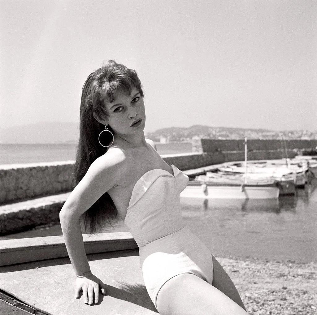 Бардо, актриса, пляж