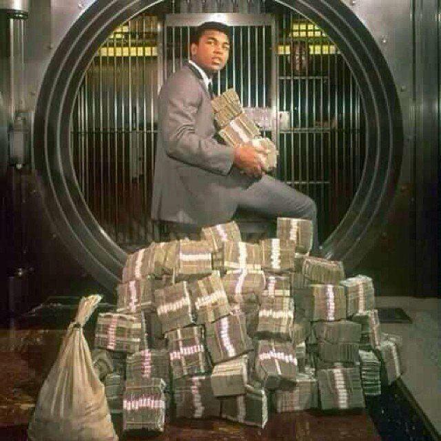 боксер, деньги