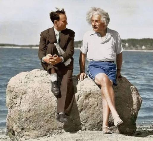 Эйнштейн, пляж