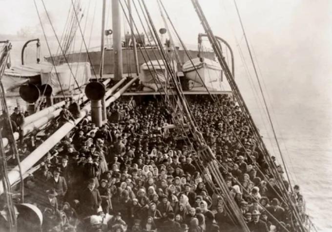 корабль, иммигранты