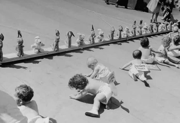 малыши, соревнование, игрушки