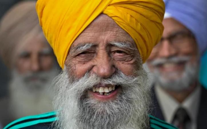 Британец Фауджа Сингх - самый старый бегун