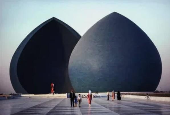 Ирак, памятник