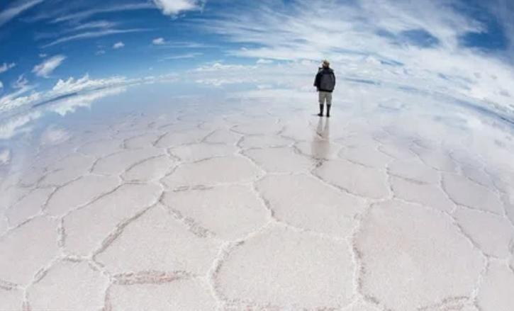 Салар де Уюни, Одно из самых больших в мире зеркал, Боливия / dadi360
