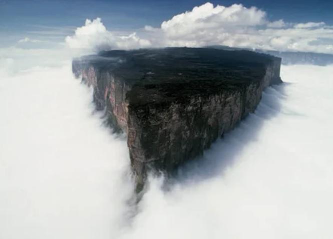 Гора Рорайма, Венесуэла / Бразилия / Гайана / imgur.com | Uwe George
