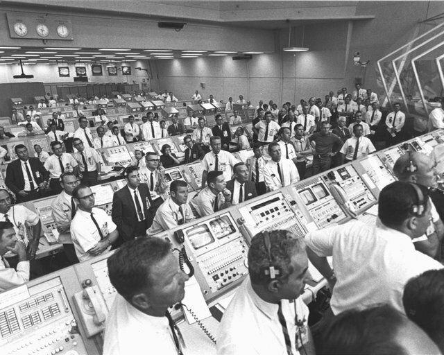 запуск Аполлона-11
