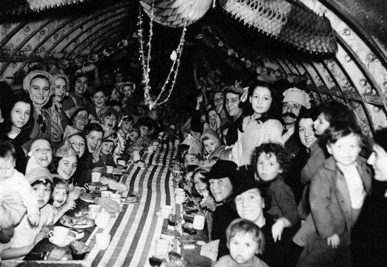 рождество в бомбоубежище