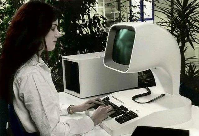 компьютер, реклама