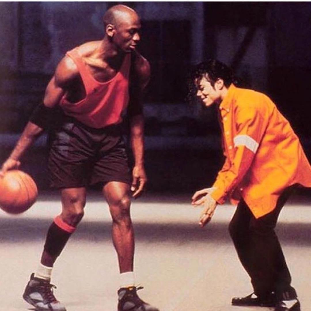 Две звезды во время игры в 1992 году