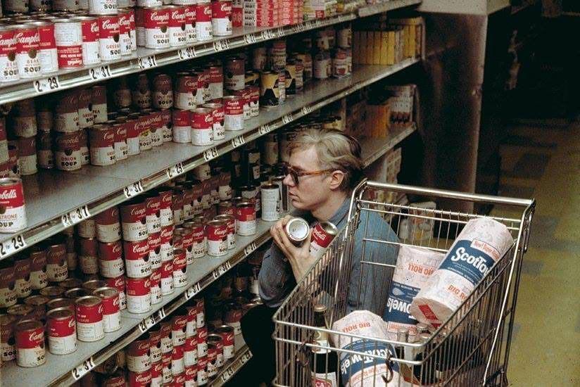 Энди Уорхол в магазине, 1964 год