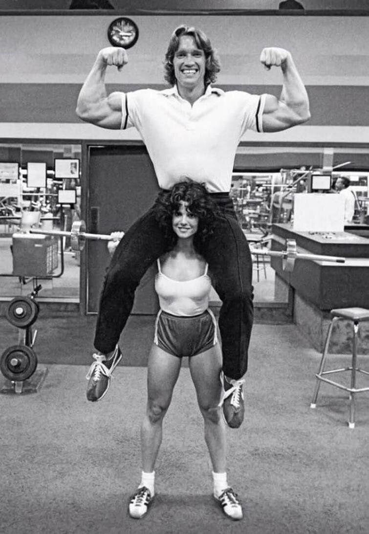 Арнольд Шварценеггер и очень сильная Лиза Лион